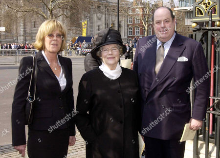 Stock Photo of Service of Thanksgiving For the Life and Work of Rt Hon Lord Jenkins of Hillhead at Westminster Abbey Baroness Mary Soames with Her Children Emma Soames and Nicolas Soames