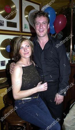 Iith Anniversery of Sticky Fingers Bill Wymans Kensington Resturant Pix Show Stephen Tomkinson with His Girlfriend Nikki Taylor