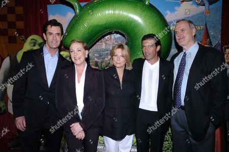 Uk Premiere of Shrek 2' at the Empire Leicester Square Rupert Everett Dame Julie Andrews Jennifer Saunders Antonia Banderas & John Cleese