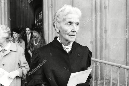 Wedding at Winchester Cathedral Lady Oswald Mosley Diana Guinness