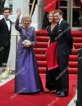Arrivals For Pre-wedding Dinner at the Mandarin Oriental Hotel Knightsbridge London Princess Alexandra with Her Son & Daughter in Law James and Julia Ogilvy