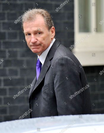 Cabinet Meeting at Number 10 Downing Street Westminster Sir Gus O'donnell Head of the Cabinet Office