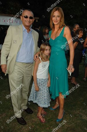 Conservative Summer Party Held in the Grounds of the Royal Hospital Chelsea Trinny Woodall and Johnny Elichaoff