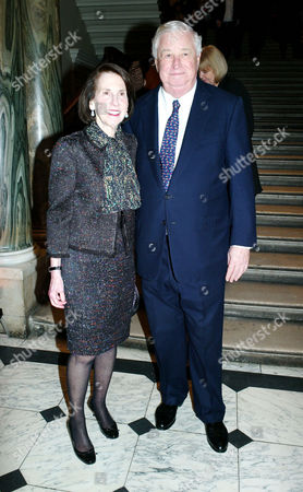 'A Bigger Picture' Private View at the Royal Academy of Arts Piccadilly American Ambassador Louis B Susman with His Wife Marjorie