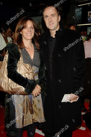 Premiere of 'In Her Shoes' at the Empire Leicester Square Angus Deayton and 'Lisa Mayer
