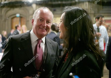 New Statesman Party at Manchester Town Hall During the Labour Party Conference at Manchester Shaun Woodward Mp & Caroline Flint Mp