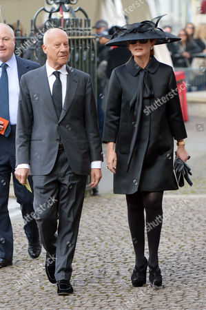 Stock Image of A Service to Celebrate the Life and Work of Sir David Frost at Westminster Abbey Lord Norman and Lady Elena Foster