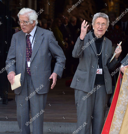 Stock Photo of A Service to Celebrate the Life and Work of Sir David Frost at Westminster Abbey Geoffrey Howe and His Wife Elspeth