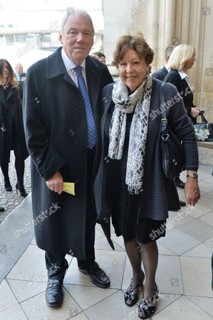 A Service to Celebrate the Life and Work of Sir David Frost at Westminster Abbey Peter Sissons with His Wife Silva