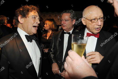Spectator and Threadneedle 25th Anniversary Parliamentarian Awards Dinner and Awards Ceremony at the Royal Hospital Chelsea Lord Nigel Lawson with His Son Dominic Lawson and Gerald Kaufman Mp