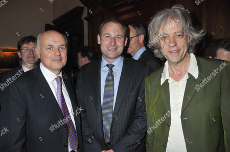 the Centre For Social Justice Awards 2010 at J P Morgan Asset Management Victoria Embankment Bob Geldof Gavin Poole (executive Director Csj) and Iain Duncan-smith