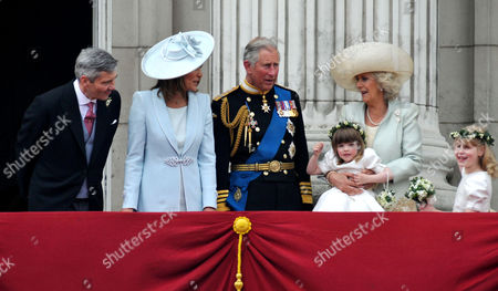 the Wedding of William Prince of Wales to Catherine Middleton the Royal Family Pose On the Balcony of Buckingham Palace -michael Middleton Carole Middleton Charles Prince of Wales Duke of Cornwall Camilla Duchess of Cornwall and Eliza Lopes and Lady Louise Windsor
