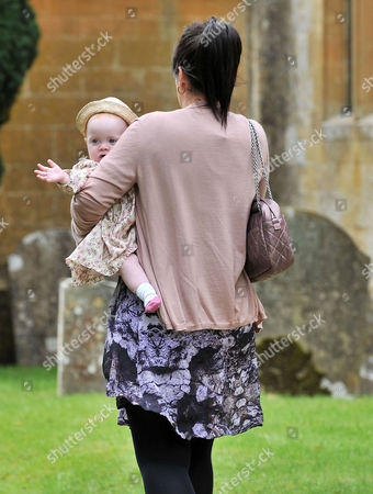 Wedding at the Earl of Wemyss Estate Stanway House Gloucestershire Lily Allen Cooper with Her Daughter Ethel Cooper