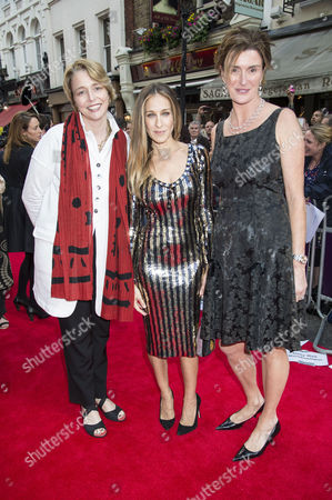 Stock Image of 'Charlie and the Chocolate Factory' Press Night at the Theatre Royal Drury Lane Lucy and Ophelia Dahl - Daughters of Roald Dahl with Sarah Jessica Parker