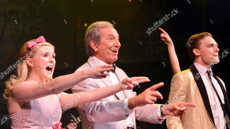 'Dreamboats and Petticoats' Press Night at the Playhouse Theatre Charing Cross Curtain Call - Des O'connor