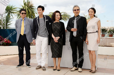 'The Housemaid' Photocall at the Festival De Palais During the 63rd Cannes Film Festival Lee Jung-jae Jason Chae Youn Yuh-jung Im Sang-soo Jeon Do-youn