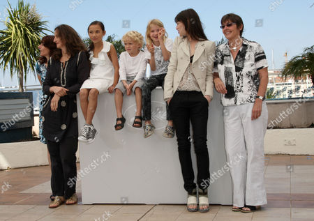 'The Tree' Photocall at the Festival De Palais During the 63rd Cannes Film Festival Julie Bertuccelli Morgana Davies Charlotte Gainsbourg