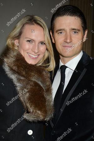 Editorial photo of 'White Christmas' Press Night - 12 Nov 2014