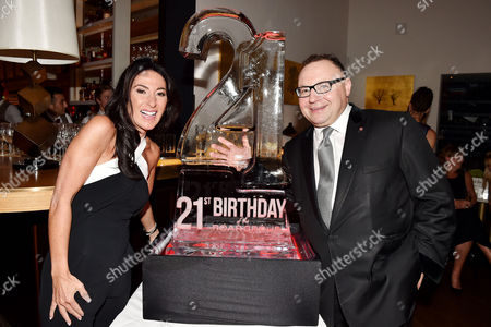 21st Anniversary Party For Roar at the Avenue St James Jonathan Shalit with His Wife Katrina Sedley