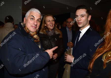 A Private View of Bill Wyman's New Exhibit 'Reworked' at Rook & Raven Gallery Rathbone Place London Reg Traviss ( R ) with Mitch Winehouse (l ) and Wife Jane