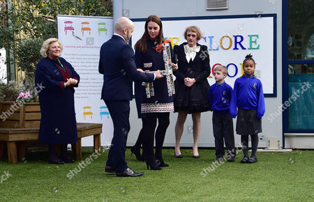Stock Image of Hrh Catherine the Duchess of Cambridge Dame Vivien Duffield and Grayson Perry Visit the Newly-launched Clore Art Room at Barlby Primary School in Ladbroke Grove