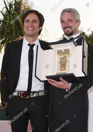 Closing Night Winners Photocall at the Festival De Palais During the 63rd Cannes Film Festival Gael Garcia Bernal and Michael Rowe (winner of Camera'd'or)