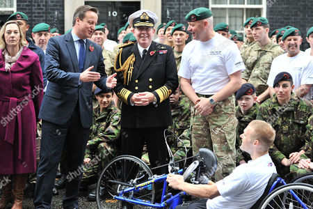 Stock Photo of Commando 999 Speedmarch (royal Marines Who Serve with the Uk Emergency Services) Begins in Downing Street They Aim to Raise £1 Million For the Royal Marines Association by 2014 David Cameron and First Sea Lord Admiral Sir Mark Stanhope with the Marines