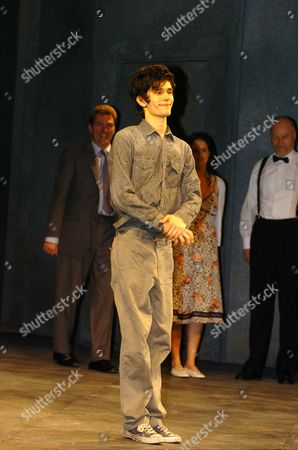 Trevor Nunns Production of Hamlet Opens at the Old Vic Ben Whishaw Tom Mannon Samantha Whittaker & Nicholas Jones