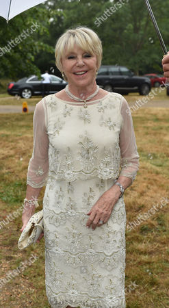 Lady Annabel Goldsmith Summer Party at Her Home Richmond Geraldine (winner) Lynton-edwards