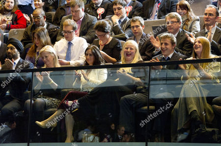 Editorial photo of Mayoral Elections Results at City Hall - 04 May 2012