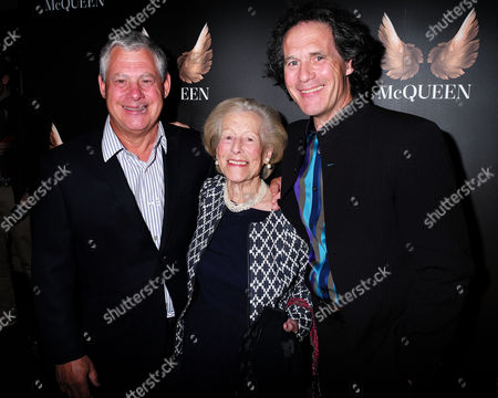 20 05 2015 Mcqueen - Press Night World Premiere of James Phillips's Play Playing Homage to the Mind and Creativity of Designer Alexander Mcqueen Following His Death Five Years Ago at the St James Theatre Palace Street Victoria London Sir Cameron Mackintosh with His Mother and Brother Robert Mackintosh