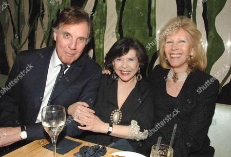 Party Following the Uk Premiere of Memoirs of A Geisha at Nubo Berkeley Berkeley Street London Jonathan Aitken with His Wife Elizabeth Harris & Tsai Chin (c)