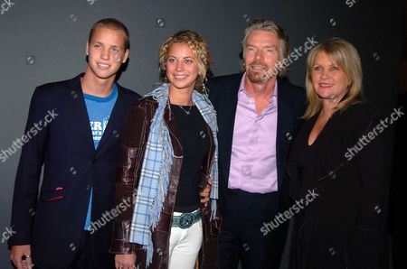 the Premiere of 'Big Fish' at the Warner Village Westend and Party at the St Martin's Lane Hotel Sir Richard and Lady Joan Branson with Their Children Sam and Holly