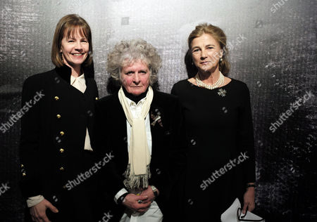 Stock Image of Maggi Hambling Exhibition Private View of ' War Requiem and Aftermath' at the East Wing Somerset House the Strand London Deborah Bull Director Cultural Partnerships at King's College London Maggi Hambling & Princess Antonia Duchess of Wellington