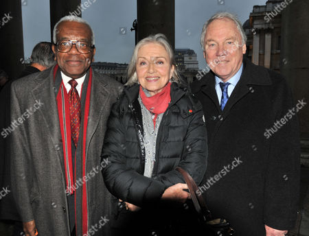 Service of Thanksgiving Celebrating the Life of Sir Alastair Burnet at St Martins in the Field Westminster Trevor Mcdonald Anna Ford and Peter Sissons