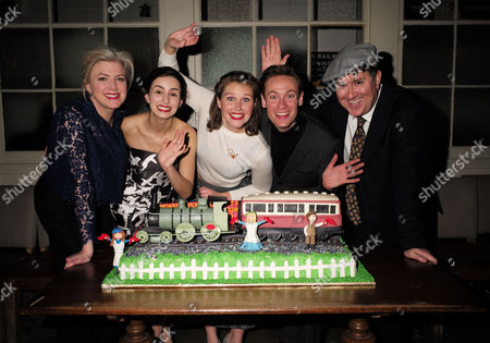 Editorial picture of The Railway Children' - 14 Jan 2015