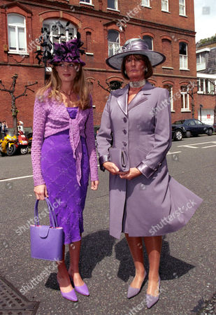 Wedding at St Simon Zelotes Church Knightsbridge Jemima Khan with Her Mother Lady Annabel Goldsmith