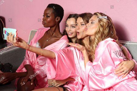 Maria Borges, Luma Grothe, Megan Williams and Lais Oliveira backstage