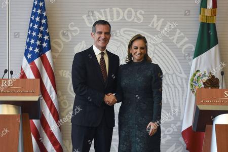 Eric Garcetti and Claudia Ruiz Massieu
