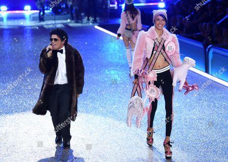 Editorial photo of Victoria's Secret Fashion Show, Runway, Grand Palais, Paris, France - 30 Nov 2016