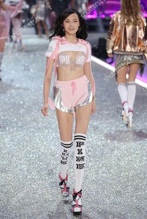 Xiao Wen Ju on the catwalk
