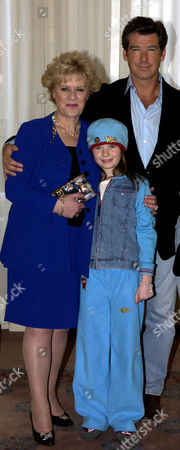 'Evelyn' Photocall at Claridges Hotel Pierce Brosnan and Sophie Vavasseur with Evelyn Doyle