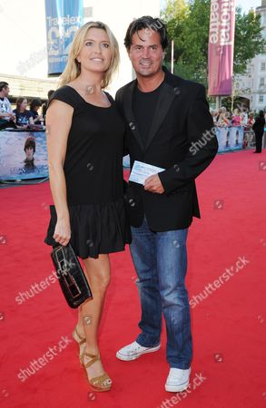 'Living in the Material World' Uk Premiere at Bfi Southbank Tina Hobley with Her Husband Oliver Wheeler