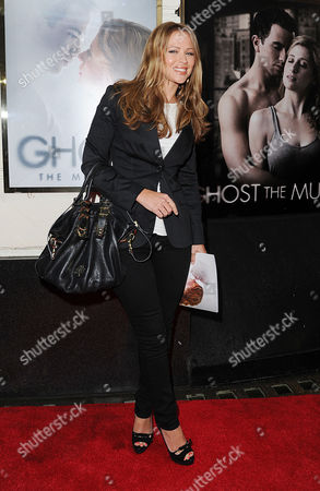 'Ghost' Press Night at the Piccadilly Theatre - Arrivals Kimberley Walsh