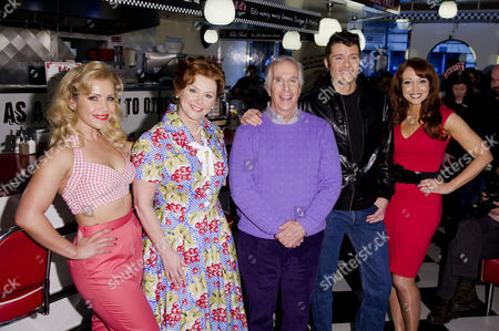 'Happy Days' Photocall For the New Musical at Ed's Diner Rupert Street Heidi Range Cheryl Baker Henry Winkler Ben Freeman and Producer Amy Anzel