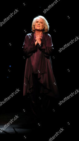 'I'd Like to Teach the World to Sing' in Aid of the Royal Brompton Hospital Ian Adam Memorial Fund at Her Majesty's Theatre Sally Ann Howes