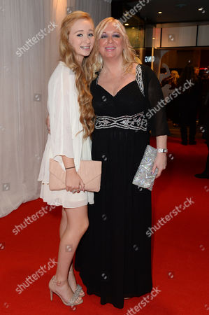 'Nativity 3' Uk Premiere at the Vue Leicester Square Director Debbie Isitt with Her Daughter