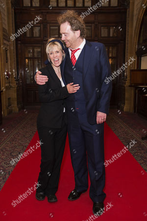 Stock Image of 'Richard Iii' First Night Afterparty at the Horseguards Hotel Whitehall Beth Cordingly with Her Husband Producer Adam Speers
