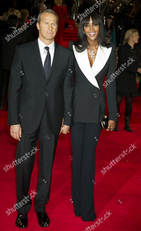 'Skyfall' Uk Royal Premiere Outside Arrivals at the Royal Opera House Naomi Campbell with Her Boyfriend Vladimir Doronin