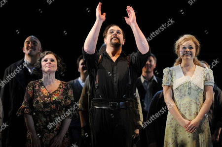 'Sweeney Todd' Press Night - Curtain Call Imelda Staunton Michael Ball and Lucy May Barker
